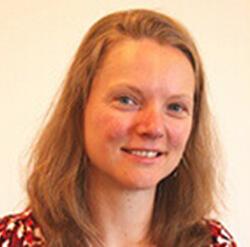 Jana Henderson Headshot - loss averse management investment team